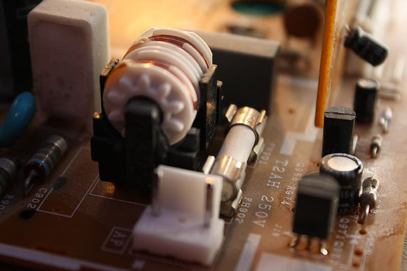 How to Test Fuses with a Multimeter